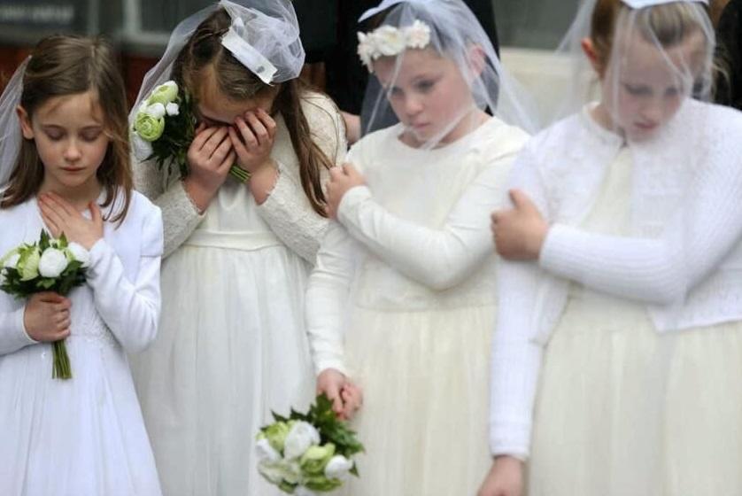 کودک همسرهای آمریکایی سالانه چند نوزاد به جهان می آورند؟