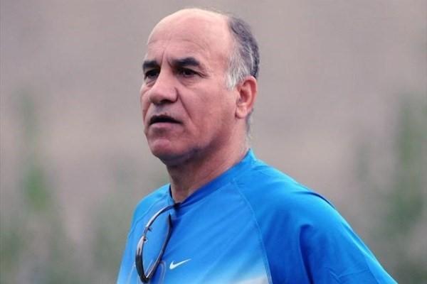 قاسمپور: تیم ملی فوتبال کشورمان برابر تیم ملی عراق سردرگم بود، باید کار گروهی برای علل باخت های تیم ملی تشکیل بدهند