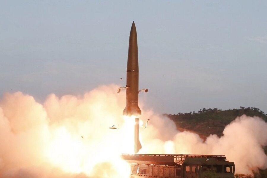 کره جنوبی و آمریکا: کره شمالی برای سومین بار در 10 روز گذشته، آزمایش موشکی انجام داد ، دو موشک پرتاب شده در آب های دریای ژاپن فرود آمدند