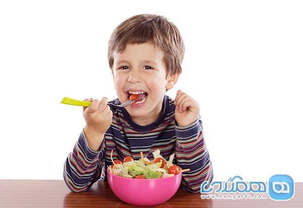 بچه هایی که ورزش می نمایند باید چه تغذیه ای داشته باشند؟