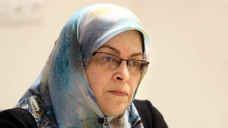 انتقاد تند فعال اصلاح طلب از روحانی ، اگر می خواهید نظام سلامت ایران هم سقوط کند به این فرایند ادامه دهید