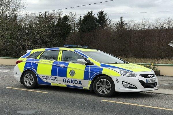 کشف بمب زیر خودرو پلیس ایرلندی ، خطر انفجار وجود دارد
