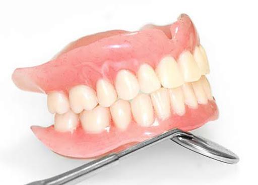برنامه آموزشی کارشناسی ارشد پروتز های دندانی مصوب شد