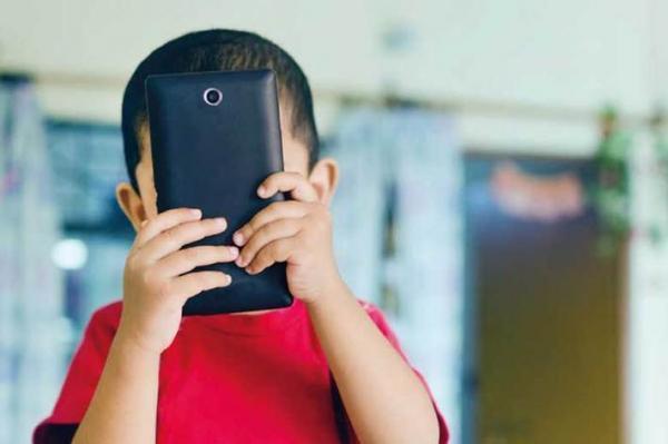 پیشگیری از اعتیاد بچگانه